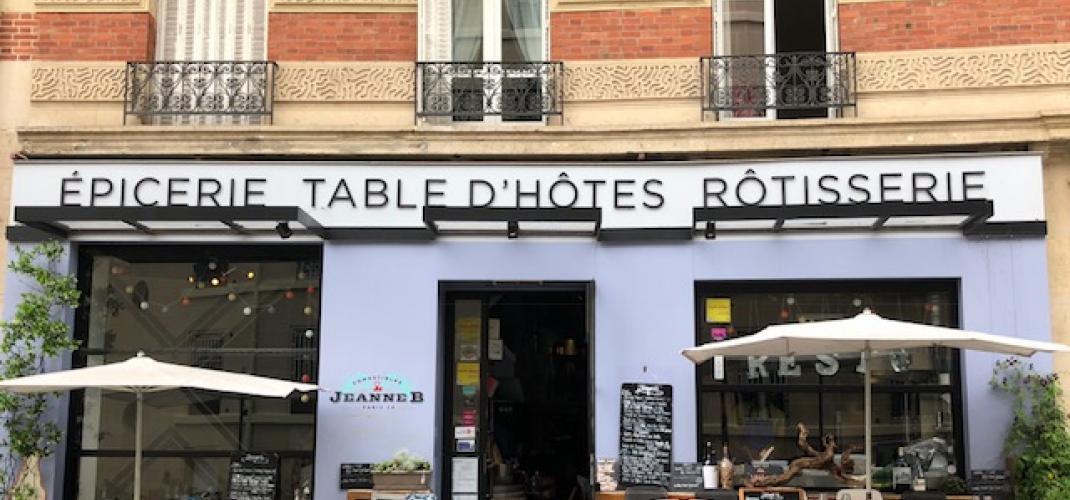 Jeanne B - Restaurant en plein Montmartre
