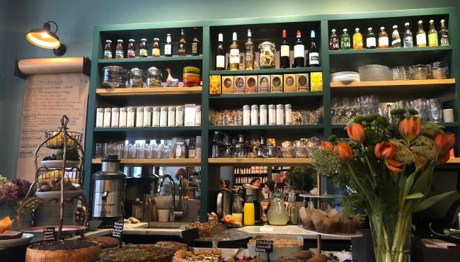 """""""Simple"""" - un lieux parfait pour un délicieux déjeuner!"""