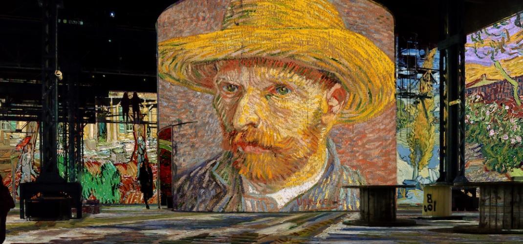 Van Gogh, La nuit étoilée : nouvelle exposition à l'Atelier des Lumières!